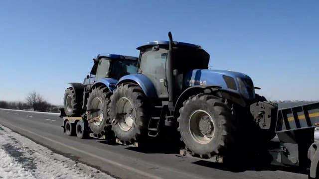 traktori-25